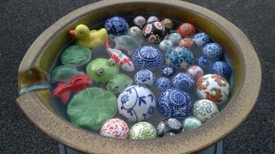 水に浮く浮き球陶器入荷!